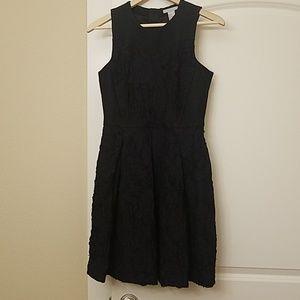 H&M Size 6 Navy textured dress